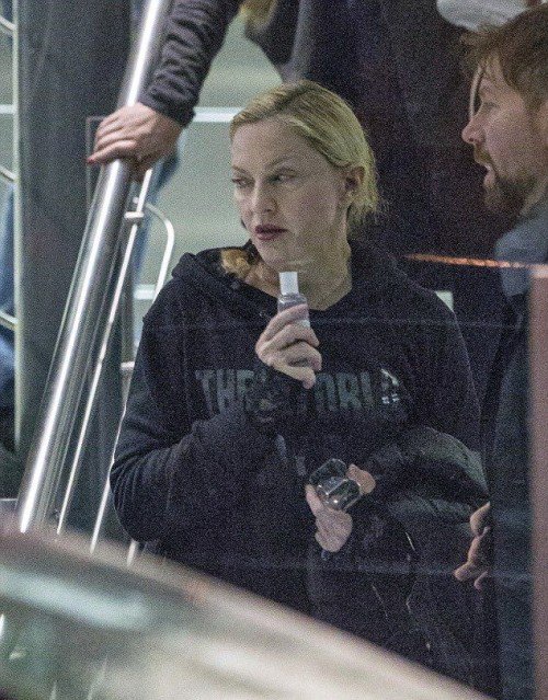 Madonna leaves rehearsals at the O2, London - 22 February 2015 - Pictures (5)