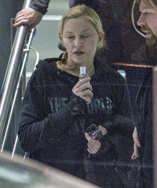 Madonna leaves rehearsals at the O2, London - 22 February 2015 - Pictures (6)