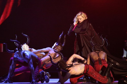 Madonna performance at the BRIT Awards - 25 February 2015 (7)