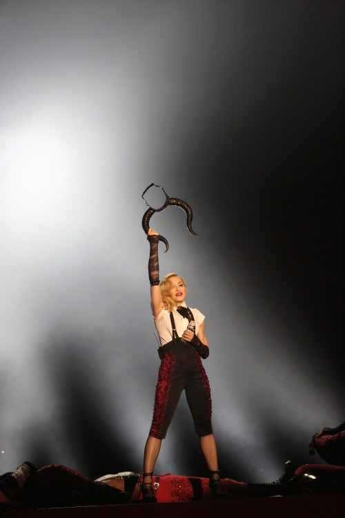 Madonna performance at the BRIT Awards - 25 February 2015 (10)