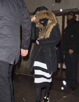 Madonna celebrating Purim in New York - March 2015 - Pictures (4)