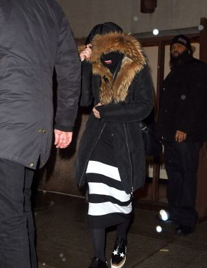 Madonna celebrating Purim in New York - March 2015 - Pictures (5)