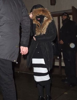 Madonna celebrating Purim in New York - March 2015 - Pictures (6)