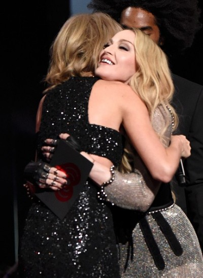 Madonna at the iHeartRadio Music Awards and Taylor Swift (17)