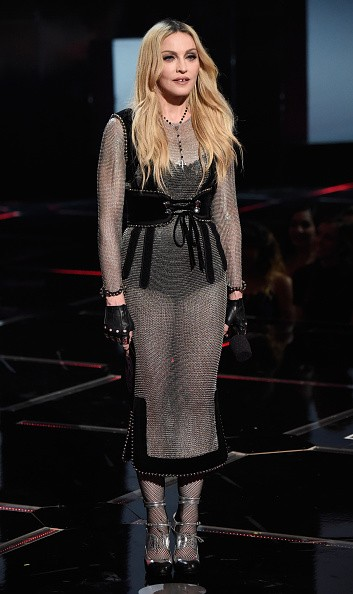 Madonna at the iHeartRadio Music Awards and Taylor Swift (22)