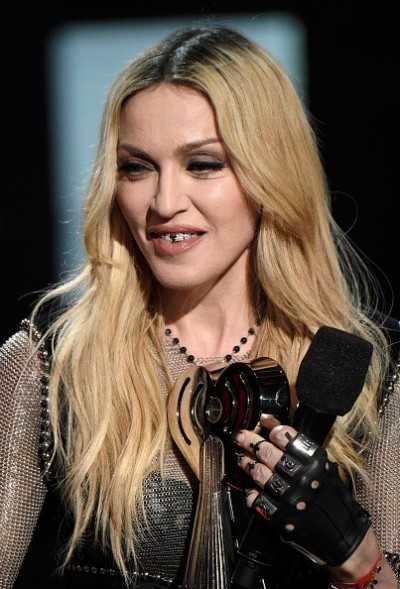 Madonna at the iHeartRadio Music Awards and Taylor Swift (23)