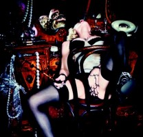 Madonna by Ellen von Unwerth for Cosmopolitan 01