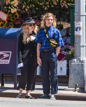 Madonna out and about in New York - 7 August 2015 (15)