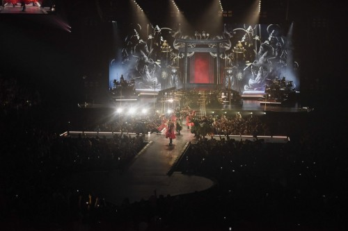 The Rebel Heart Tour Stage by Stufish (2)