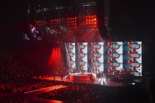 The Rebel Heart Tour Stage by Stufish (4)