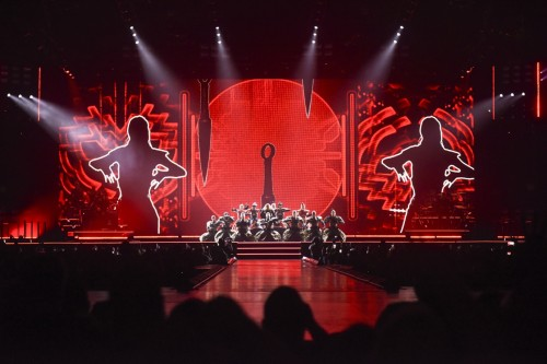 The Rebel Heart Tour Stage by Stufish (6)