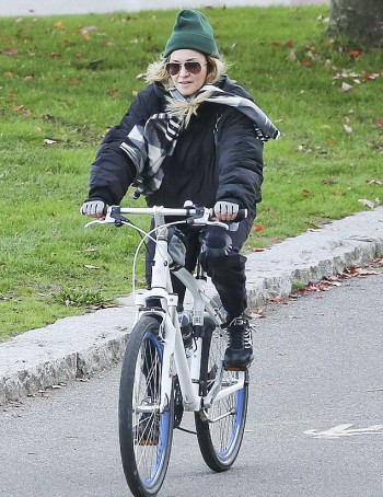 Madonna out and about in Vancouver - October 2015 - Pictures (1)