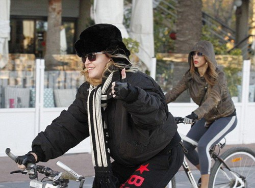 Madonna out and about in Turin and Barcelona - 22-23 November 2015 (4)