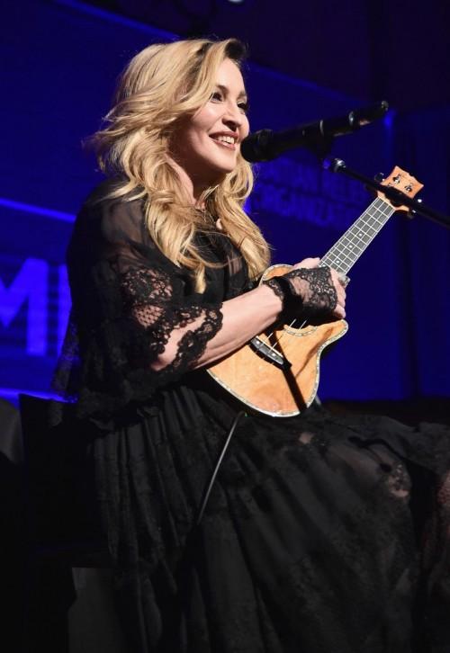 Madonna at the Help Haiti Home Gala, Beverly Hills - 9 January 2016 (19)