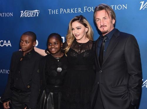 Madonna at the Help Haiti Home Gala, Beverly Hills - 9 January 2016 (20)