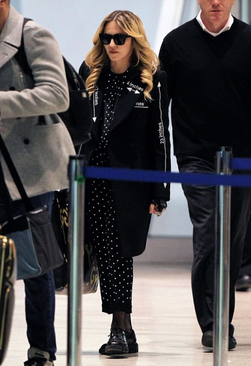 Madonna out and about in London and New York 5-7 April 2016 (7)