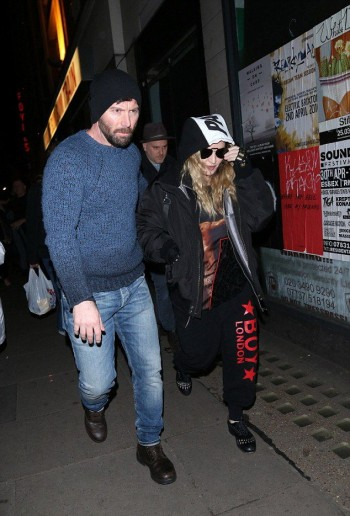 Madonna and Rocco out and about in London - 16 April 2016 (4)