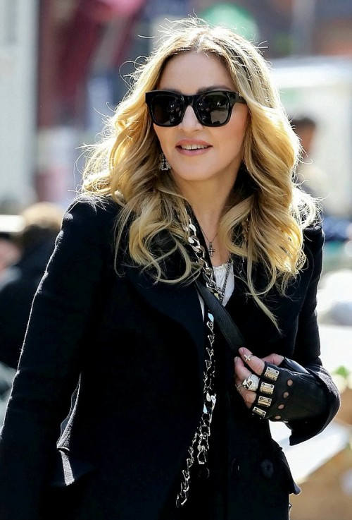 Madonna out and about in London - 19 April 2016 - Pictures 01