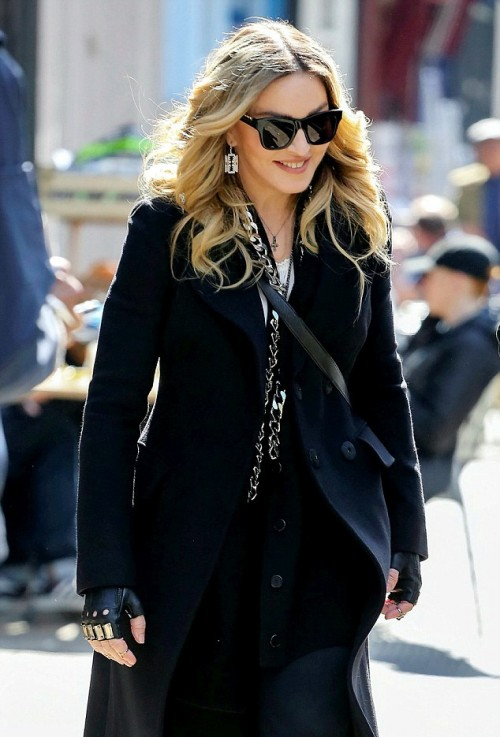 Madonna out and about in London - 19 April 2016 - Pictures 02