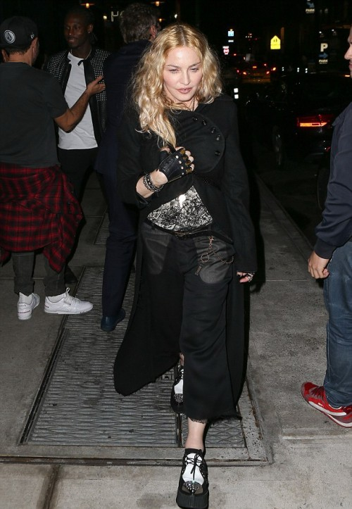 Madonna out and about in New York - 7 May 2016 - Pictures (8)