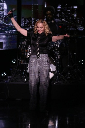 Madonna performs Borderline on Tonight Show Starring Jimmy Fallon (7)