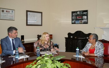 Madonna seeks partnership with First Lady's Beyond Zero initiative (5)