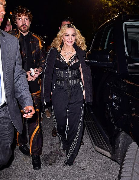 Madonna at the Alexander Wang Fashion Show, New York - 10 September 2016 - Pictures & Videos (9)
