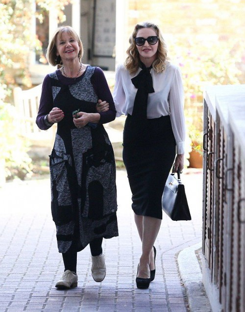 Madonna out and about in London - 13 September 2016 - Pictures  Video (3)