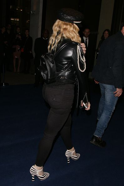 Madonna out and about in London 27 October 2016 - Pictures (19)