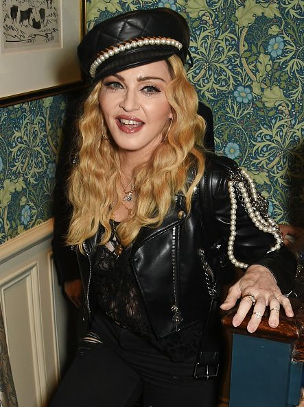 Madonna out and about in London 27 October 2016 - Pictures (38)