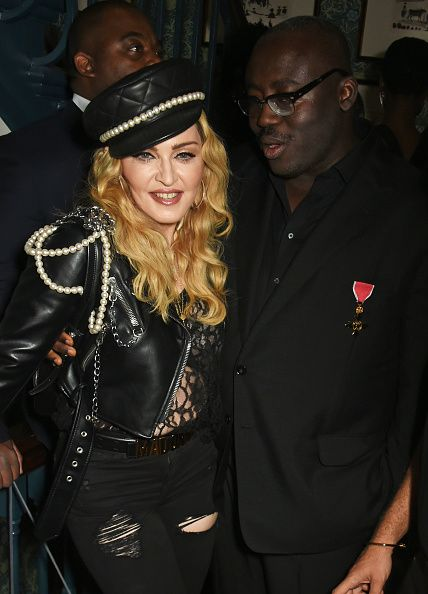 Madonna out and about in London 27 October 2016 - Pictures (43)