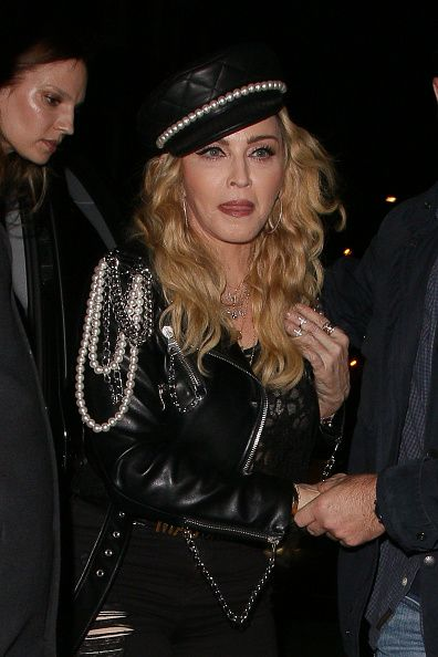Madonna out and about in London 27 October 2016 - Pictures (51)