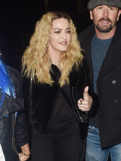 Madonna out and about in London - 28 October 2016 - Pictures (1)