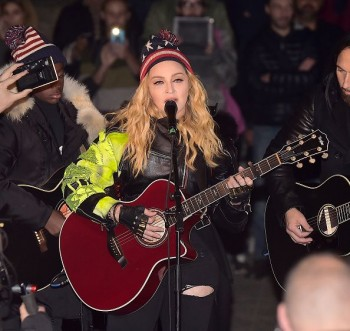Madonna performs 5 acoustic songs at Washington Square Park  New York (4)