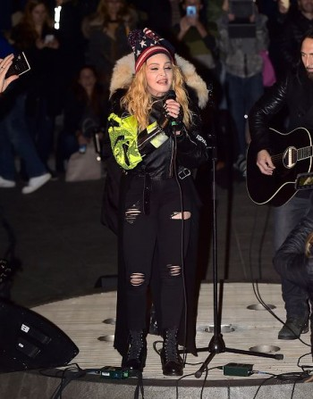 Madonna performs 5 acoustic songs at Washington Square Park  New York (12)