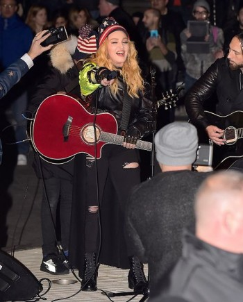 Madonna performs 5 acoustic songs at Washington Square Park  New York (22)