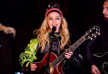 Madonna performs 5 acoustic songs at Washington Square Park  New York (33)