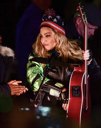 Madonna performs 5 acoustic songs at Washington Square Park  New York (38)
