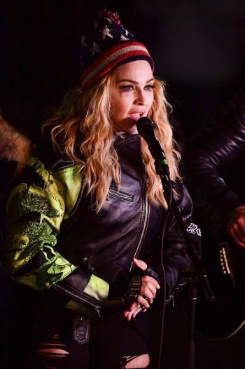 Madonna performs 5 acoustic songs at Washington Square Park  New York (39)