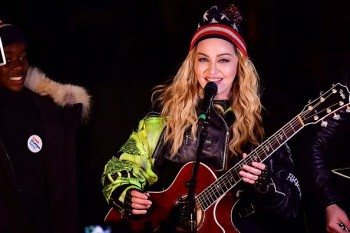 Madonna performs 5 acoustic songs at Washington Square Park  New York (42)
