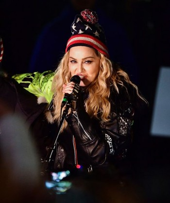 Madonna performs 5 acoustic songs at Washington Square Park  New York (49)
