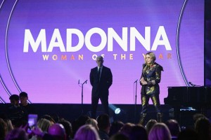 Madonna at Billboard Women in Music 2016 - 9 December 2016 v2 (7)