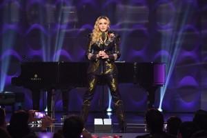 Madonna at Billboard Women in Music 2016 - 9 December 2016 v2 (15)