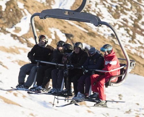 Madonna skiing in Verbier, Switzerland - 29 December 2016 - Pictures (9)