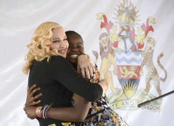 Madonna attends The Mercy James Centre opening in Blantyre, Malawi 11 July 2017 (13)