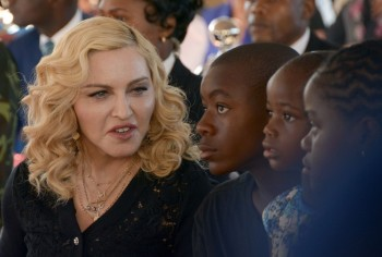 Madonna attends The Mercy James Centre opening in Blantyre, Malawi 11 July 2017 (14)