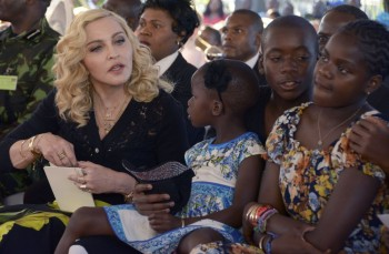 Madonna attends The Mercy James Centre opening in Blantyre, Malawi 11 July 2017 (15)