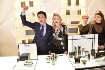 Madonna promoting MDNA Skin at Barneys New York, Beverly Hills - 7 March 2018 (8)