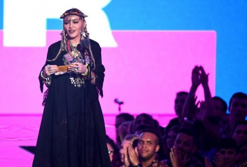 Madonna at the 2018 MTV Video Music Awards - 20 August 2018 - Pictures and Videos (75)