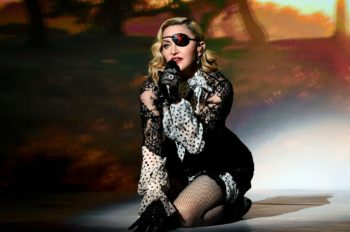 Madonna performs Medellín at the 2019 Billboard Music Awards - 1 May 2019 - Pictures (19)
